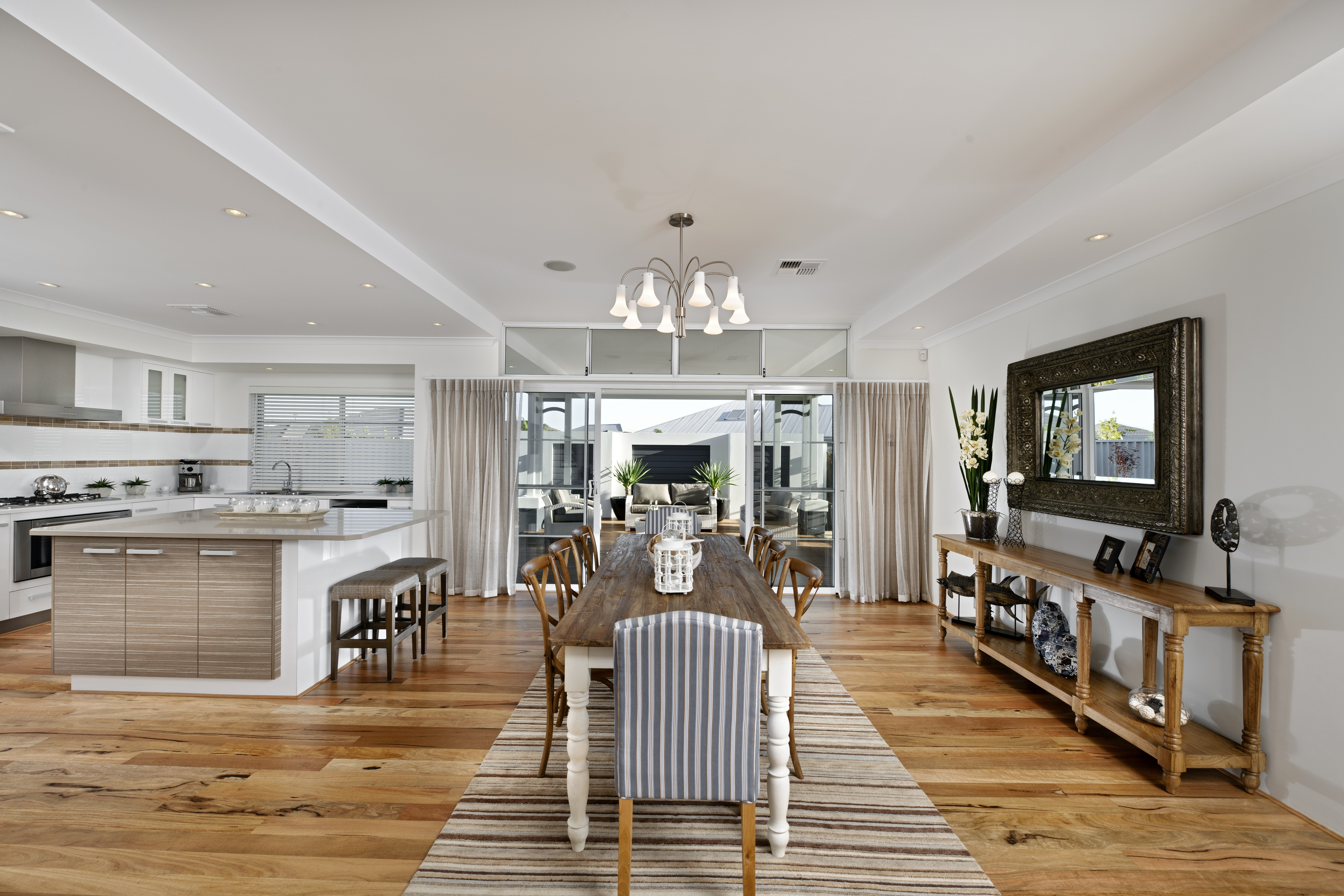 WA Country Builders - Lamont open-plan dining area